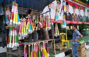 Jelang Tahun Baru, Penjual Terompet Bermunculan di Bengkalis
