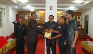 DPRD Rohil Bersama Pemkab Usulkan Perbaikan Jalan Kubu ke Kementerian ESDM