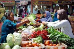 Tiga Pasar Tradisional Siak Resmi Beroperasi