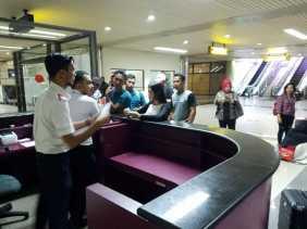 Ditelantarkan di Batam, Belasan Penumpang Lion Air dari Pekanbaru Ngamuk