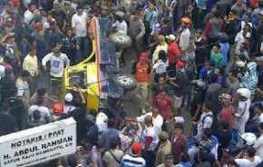 Sehari 4 Kali Padam, Ribuan Masyarakat Tanjungpinang Rusak Kantor PLN