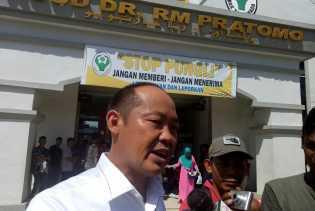 Hebat!! Ini Yang Dilakukan Anggota DPRD Riau Melalui Operasi Katarak Gratis