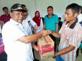 Plt Bupati Rohil Drs Jamiludin Beri Bantuan Korban Kebakaran Di Kecamatan Bangko