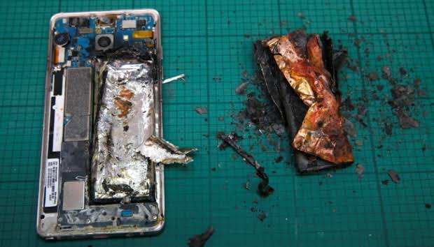 Ini Tips Agar Baterai Ponsel Tidak Meledaki